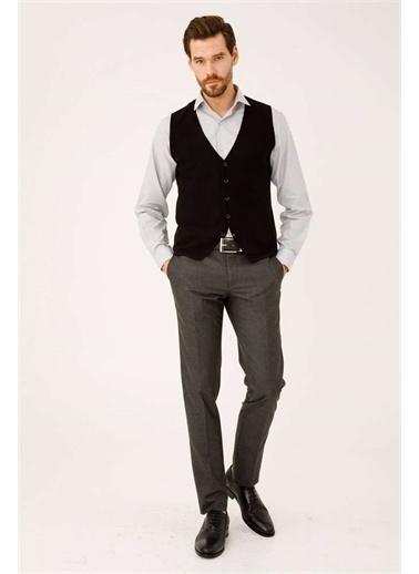 IGS Erkek Sıyah Standart V Yaka Trıko Siyah